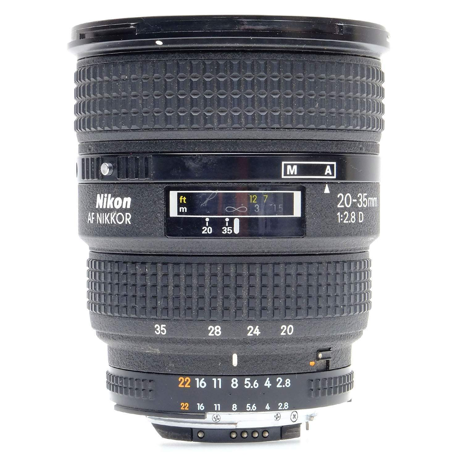 83 20 35mm Nikon F 28 Review Una 07 1650 4 236476 Af 28mm F28d F28 D 211640