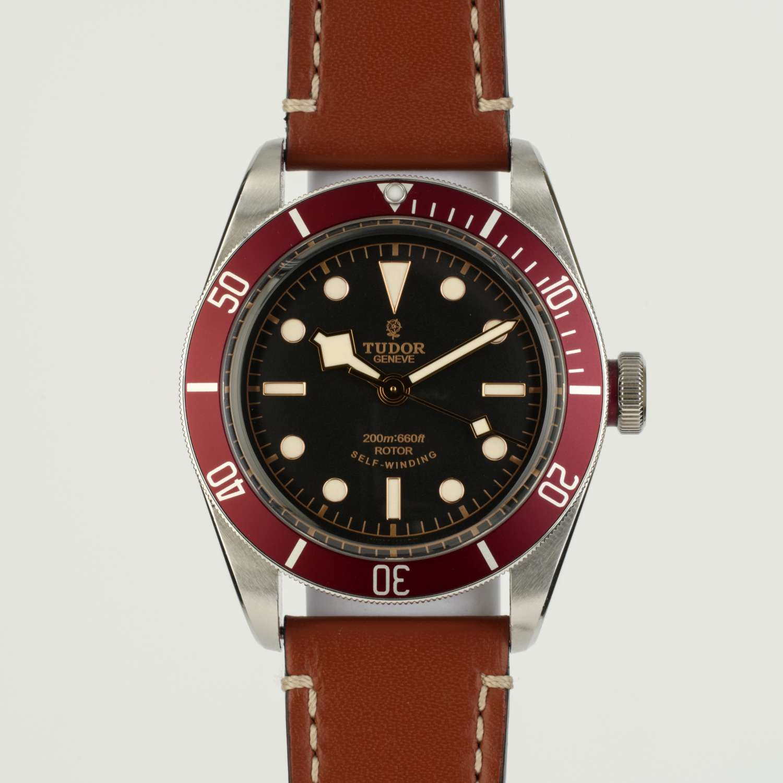 Tudor Black Bay Red 79220R, Boxed J910254